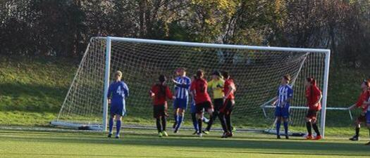 Sophie Mills scores for Unity